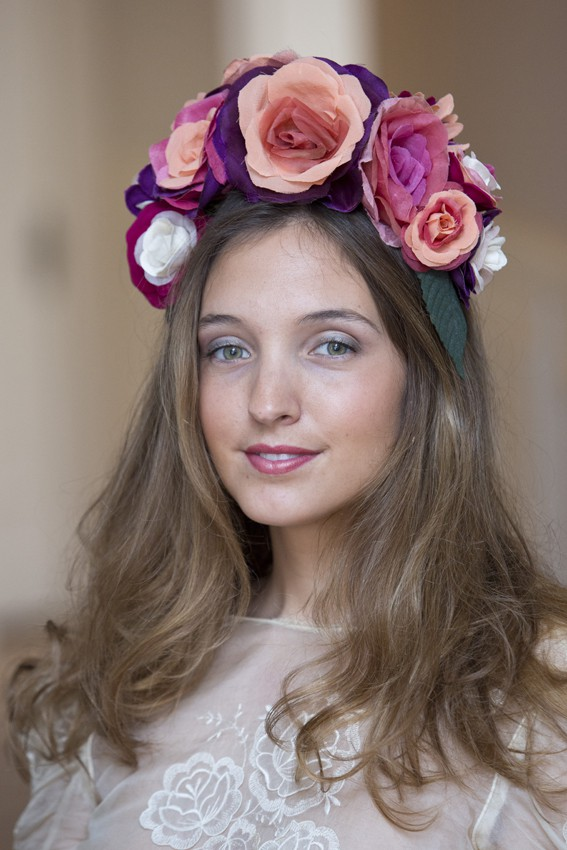 Tiara flores de seda Bilbao